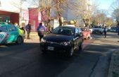 En La Plata aprobaron el aumento de multas a taxis y remises no habilitados