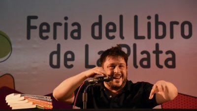 """La Plata / Casciari, """"Tute"""" y el francés Oliver Norek brillaron en la Feria Internacional del Libro: Hoy es el cierre"""