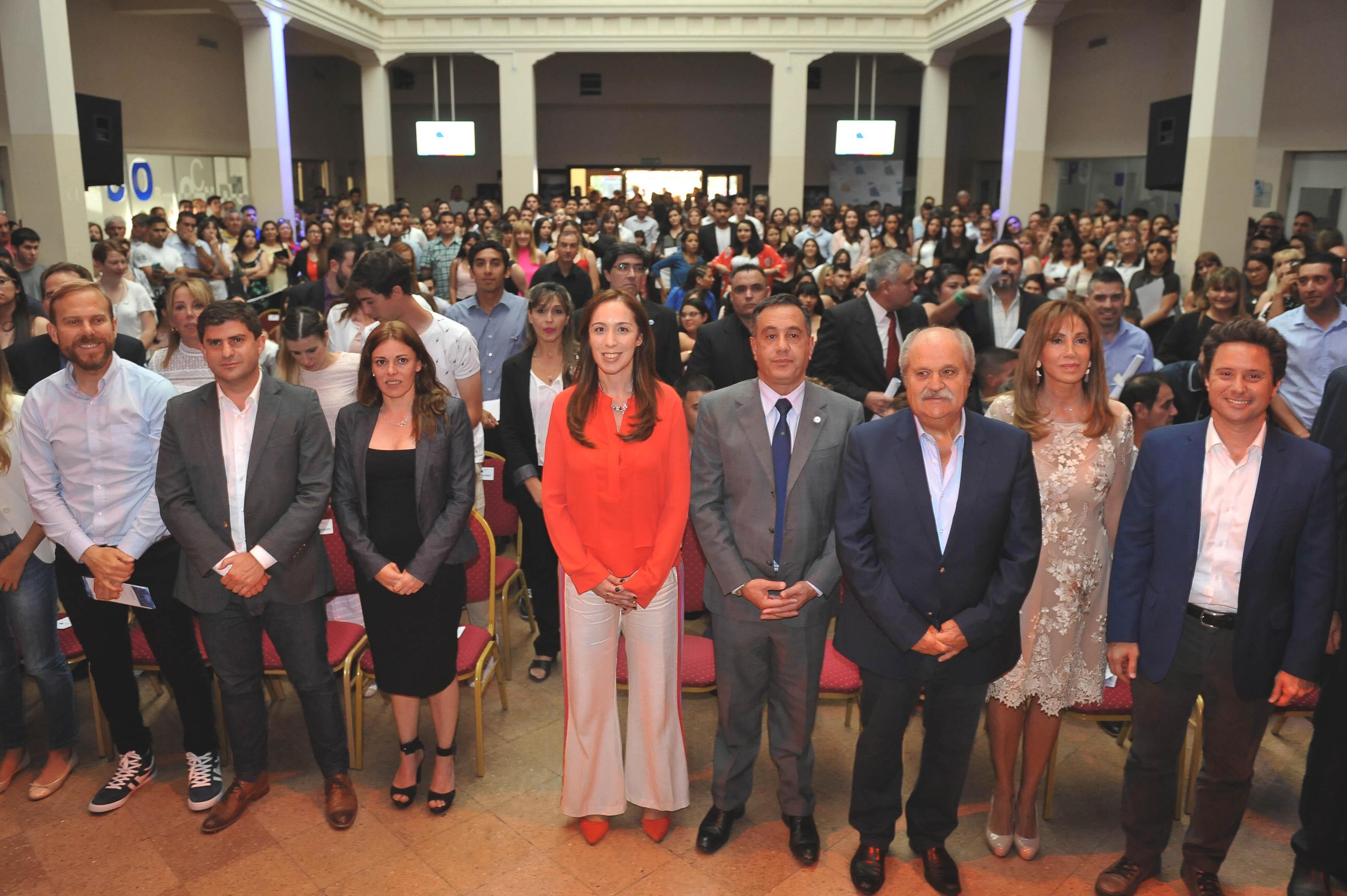"""Vidal en 6 meses aflojó y desde Ezeiza dijo que la """"universidad pública es un lugar de esperanza para el ascenso social"""""""
