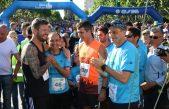 Récord: Más de 6 mil corredores participaron de los 20 años de la maratón Dino Hugo Tinelli en Bolívar