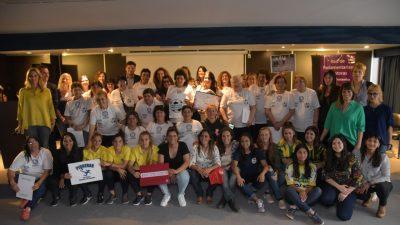 """Lanzan la campaña de fútbol femenino """"Nivelemos la Cancha"""""""