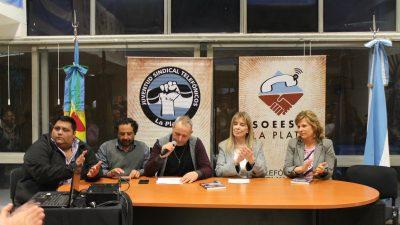 """Presentaron en La Plata el libro """"Volver a Saúl"""""""