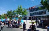 Barrios de Pie se manifiesta frente a supermercados de toda la Provincia en reclamo de alimentos