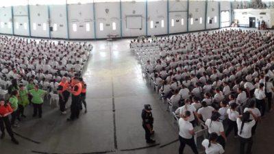 Defensa Civil de La Costa capacitó a cadetes de la escuela de policías de La Plata