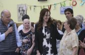 Vidal anunció un paquete de medidas para estatales, jubilados y beneficiarios de planes sociales