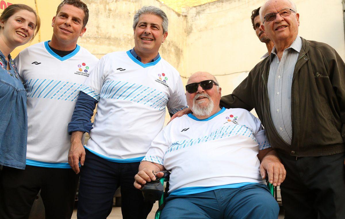 En Pergamino se hizo un rally en sillas de ruedas en busca de una ciudad accesible