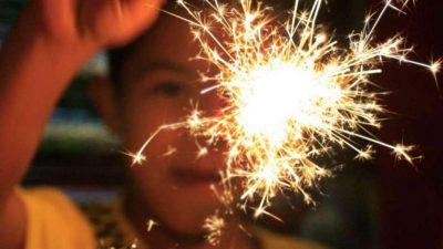 San Nicolás impulsa una campaña para que en las Fiestas los vecinos elijan pirotecnia lumínica