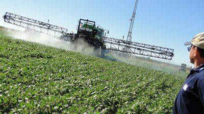Provincia creó una nueva regulación para la aplicación de agroquímicos en todos los municipios