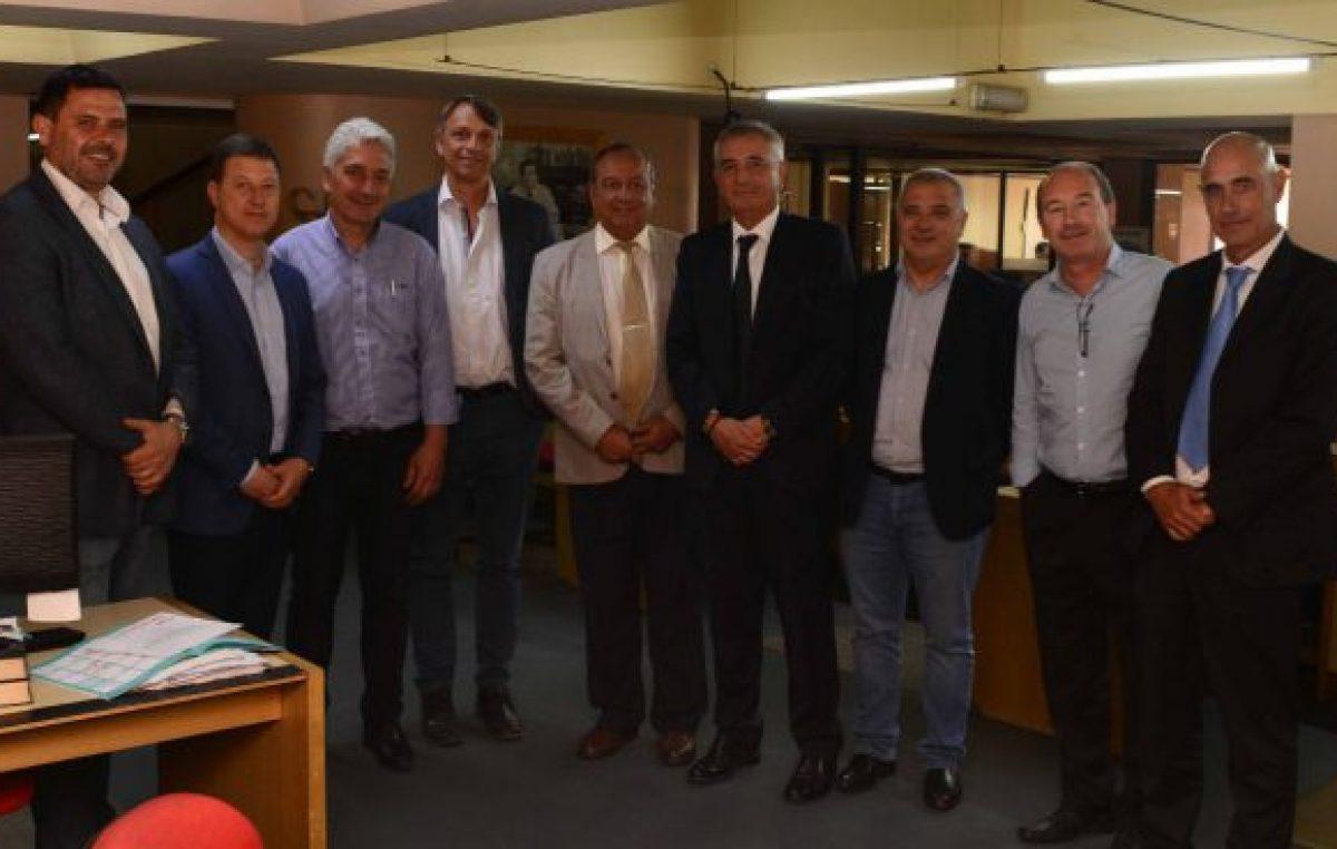 La Municipalidad de Necochea estuvo presente en un encuentro sobre energías renovables en Bahía Blanca
