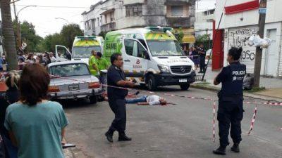 Horror en Berisso: Un hombre mató a su ex mujer y se suicidó en la vía pública