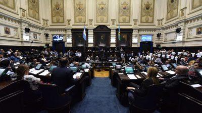 """Un legislador del Frente de Todos pidió crear un """"fondo anticrisis"""" con el 30% de los sueldos de funcionarios y personal jerárquico"""