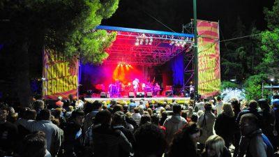 """Monte Hermoso inaugura la temporada con la """"Fiesta de la Cerveza"""" y bandas en vivo"""