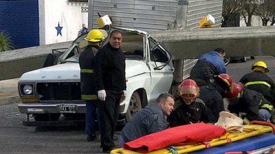 Olavarría / Ingenieros cuestionan que un colega sea el único culpable por la tragedia del Puente Sarmiento