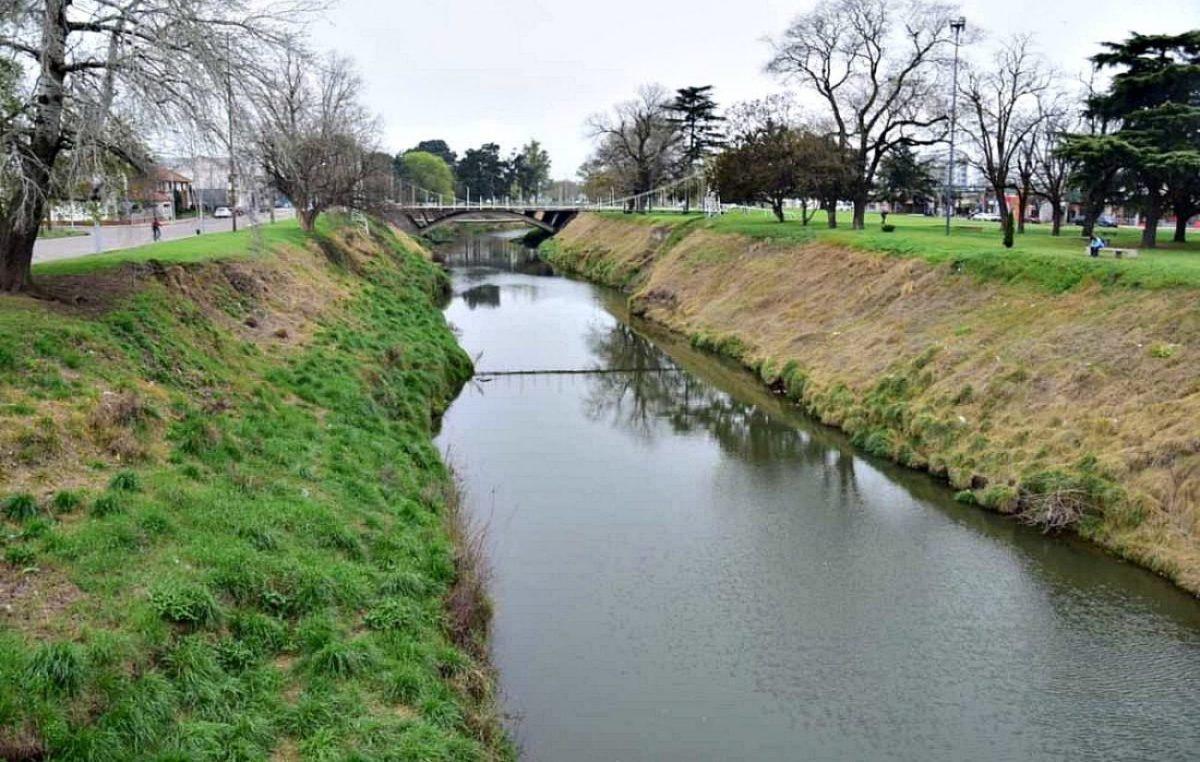 Escándalo ambiental en Olavarría: se confirmó el uso de glifosato a la vera del arroyo Tapalqué