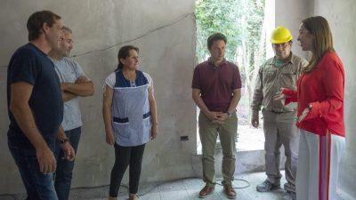 La Plata / Vidal recorrió un jardín de infantes en construcción junto al intendente Garro