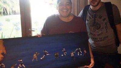 """Claudio Rengach: """"Estar con Maradona y entregarle un cuadro mío es como ganar el mundial"""""""