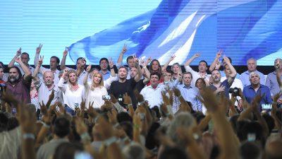 """Espinoza en el Congreso del PJ: """"Vinimos a La Matanza a sellar la unión de todo el campo nacional y popular"""""""