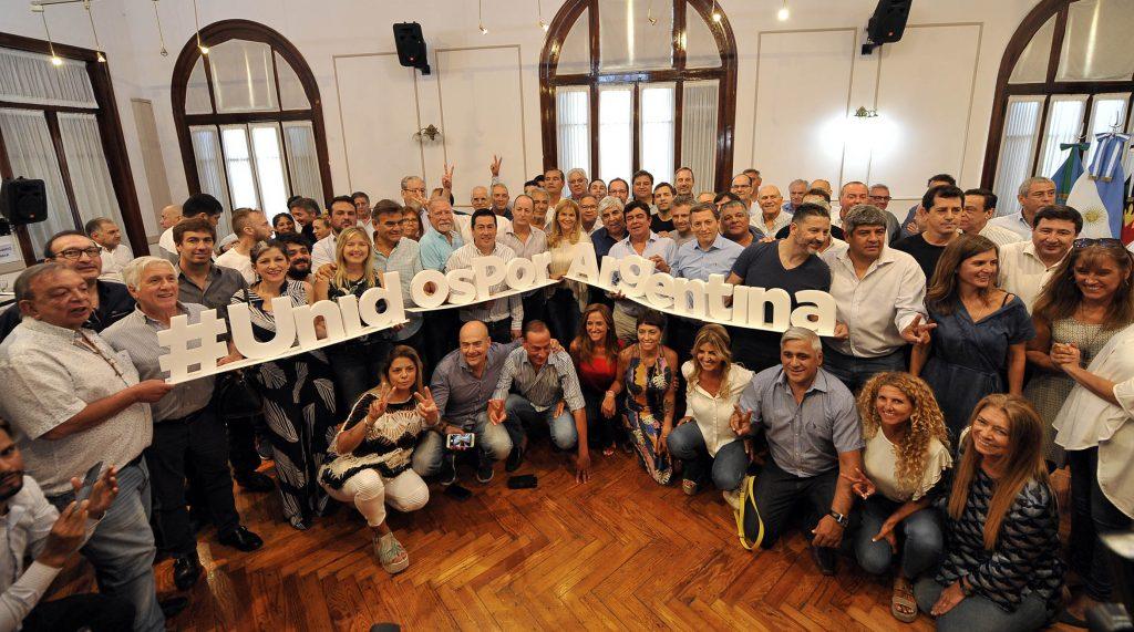 Unidos Por Argentina y Unidos por Buenos Aires, los mensajes que guiaron el Congreso del PJ Bonaerense en La Matanza