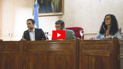 En la apertura de sesiones, el intendente de Campana dio un discurso que duró 28 segundos