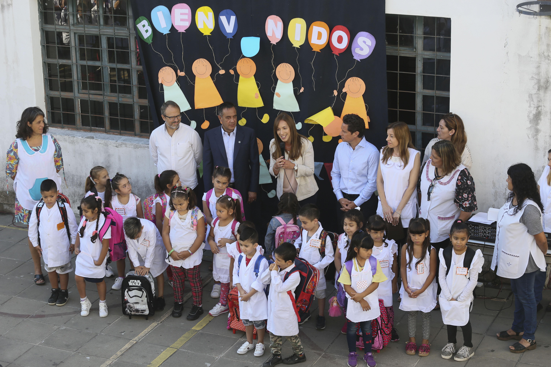 Vidal comenzó su campaña e inauguró el ciclo lectivo 2019 en el Conurbano