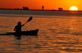Se viene el primer torneo de pesca de pejerrey en kayak en la Laguna Cochicó