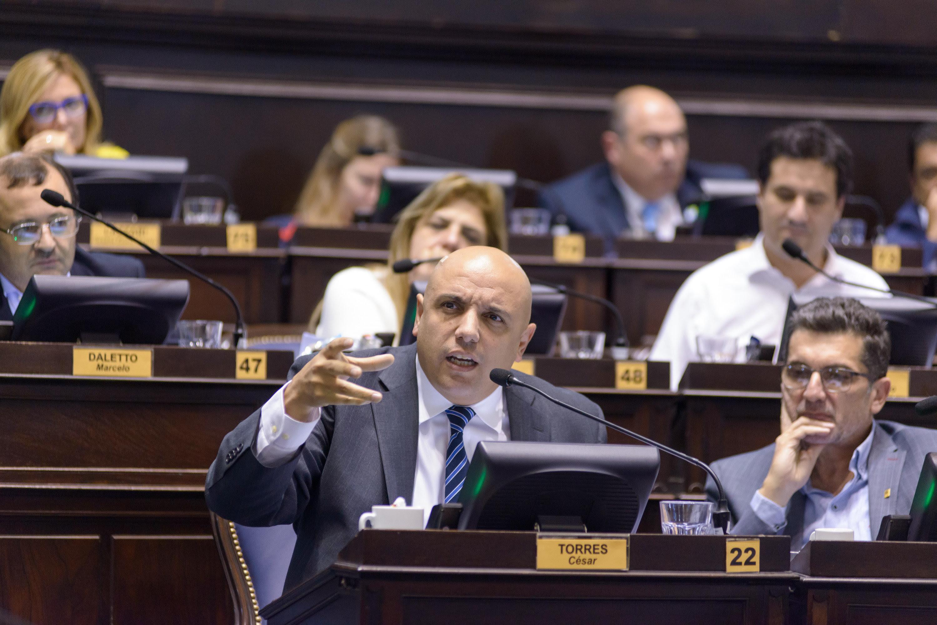 """El diputado Torres de Cambiemos contra los intendentes opositores: """"mienten cuando dicen que no hay obras públicas"""""""