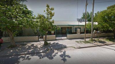 """Personal de mantenimiento de una escuela de Cañuelas muere al caer de un techo """"intentando sacar hojas"""""""