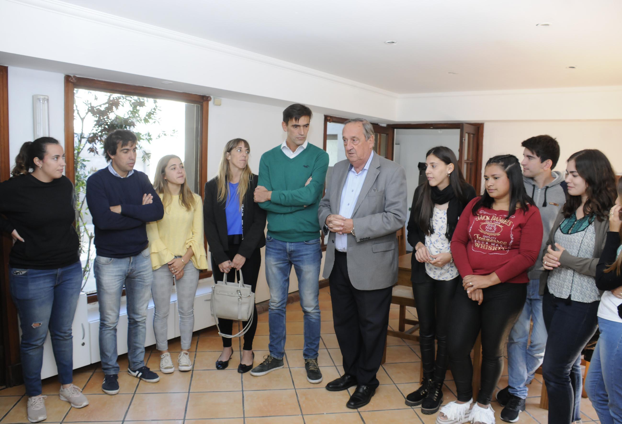 """En Tandil los jovenes de las localidades del partido tendrán la """"Casa del Estudiante Rural"""" para poder llevar adelante sus carreras"""