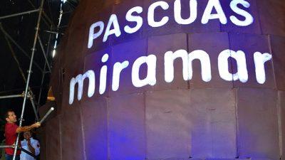 Miramar estableció un nuevo Récord Guinness con un huevo de pascua de 10,5 metros