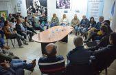 En campaña / Durañona visitó una curtiembre en Brandsen y dialogó con emprendedores en San Nicolás