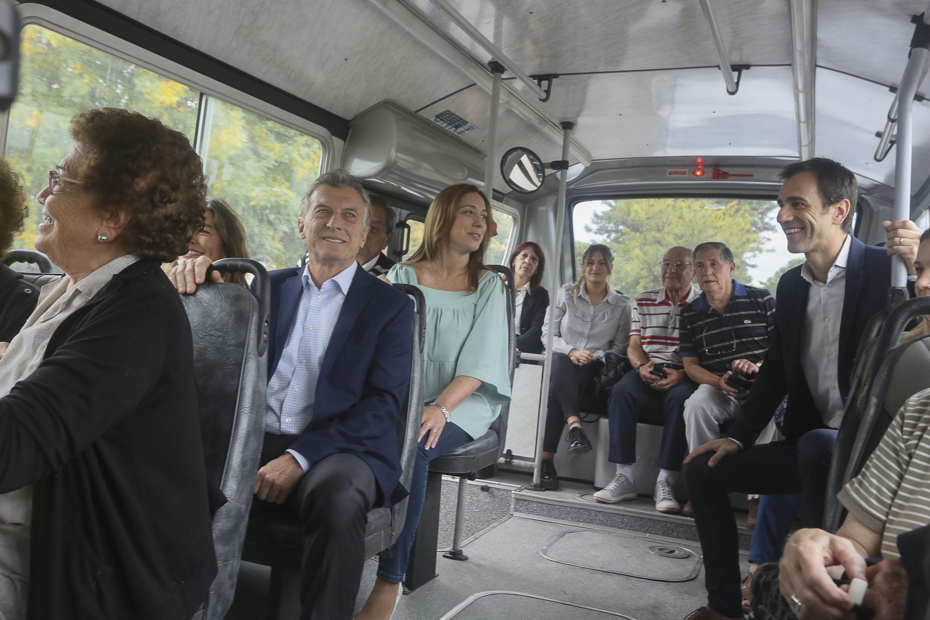 Macri, Vidal y Petrecca pusieron en marcha el transporte público en Junín tras 25 años fuera de servicio