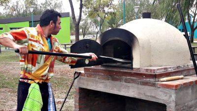 ¡Aplausos, por favor! Bolívar construyó hornos de barros comunitarios en un parque público