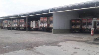 Tras el paro general Camioneros prepara una olla popular frente a Gobernación junto a los movimientos sociales