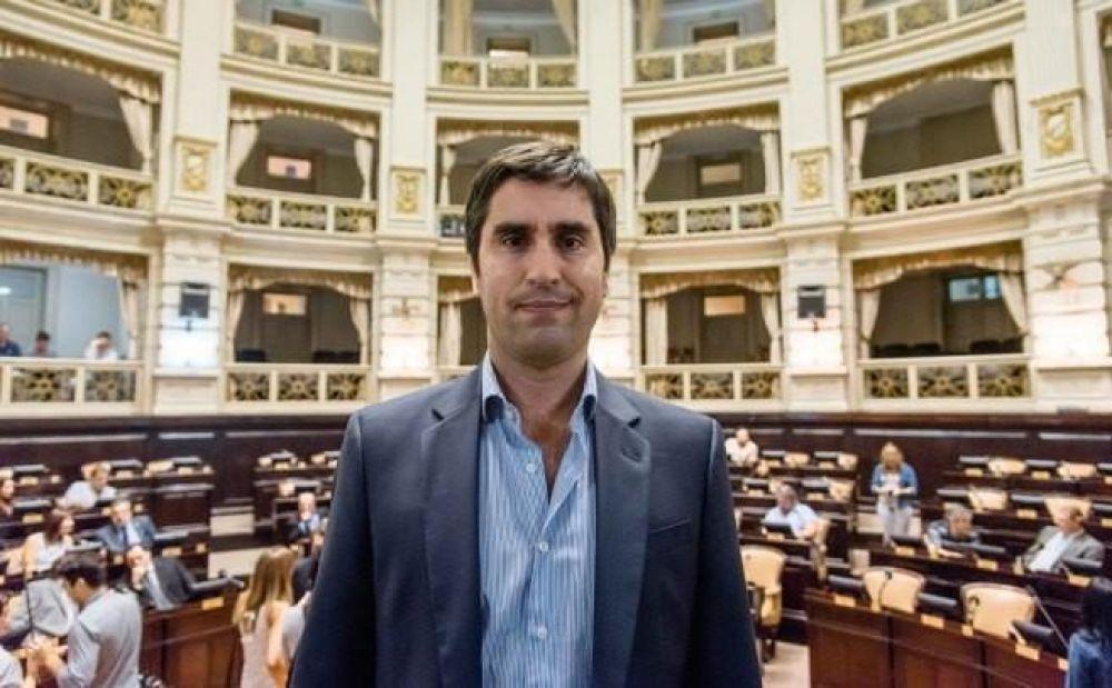 Mosca denunció extorsión y anunció que dejará la Presidencia de la Cámara de Diputados