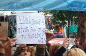 Docentes sin cobrar: luego de una protesta, Provincia se comprometió a pagar en 48 horas