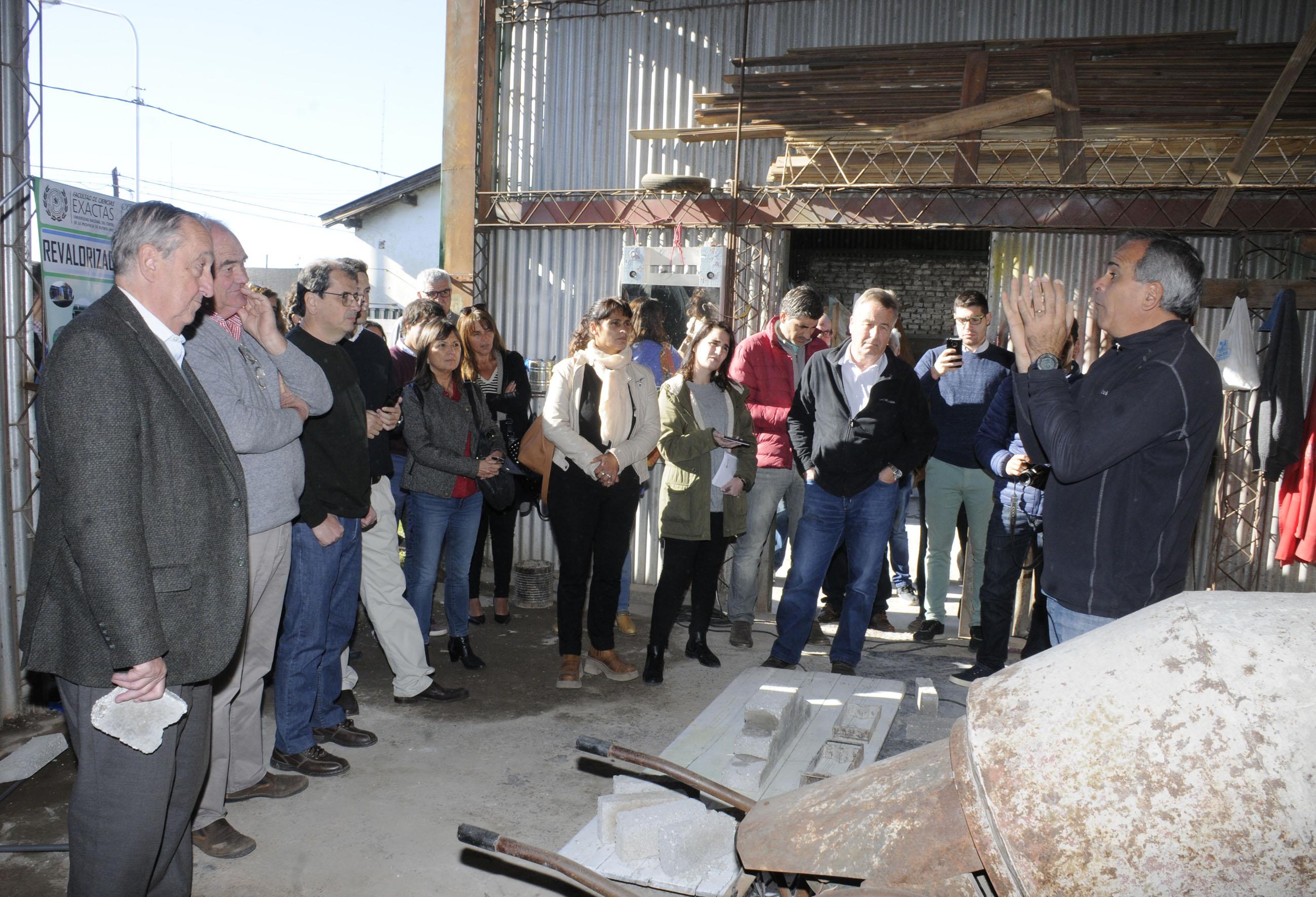 Fabricaran ladrillos de telgopor reciclado en Tandil