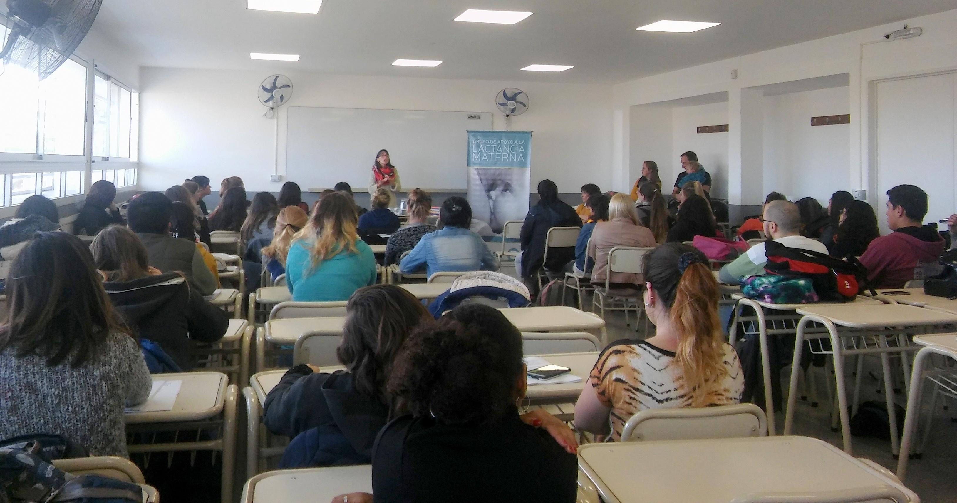 En Bolívar se realizó una jornada de lactancia materna para estudiantes de enfermería