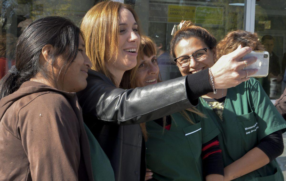 Vidal visitó el nuevo sector de guardias y emergencias del Hospital San Juan de Dios de La Plata