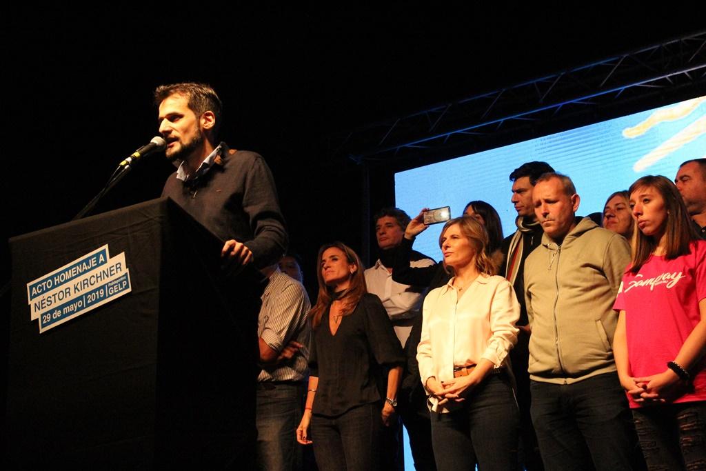 """Guillermo """"Nano"""" Cara juntó a todo el peronismo de La Plata en un sentido homenaje a Néstor Kichner"""