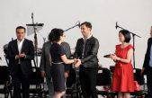 La Voz por la Paz, Odino Faccia fue galardonado con el premio nacional de cultura y arte en México
