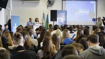 """Marcos Pisano: """"La mejor inversión que se puede hacer es en educación"""""""