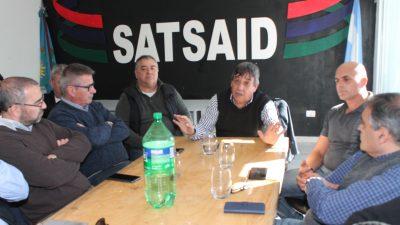 """Rubén García se reunió en La Plata con gremios de la Corriente Regional de Trabajadores: """"Tenemos que recuperar las 69 Comunas"""", dijo"""