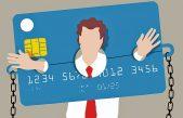 El 37% de los argentinos que poseen tarjetas, paga sólo el mínimo