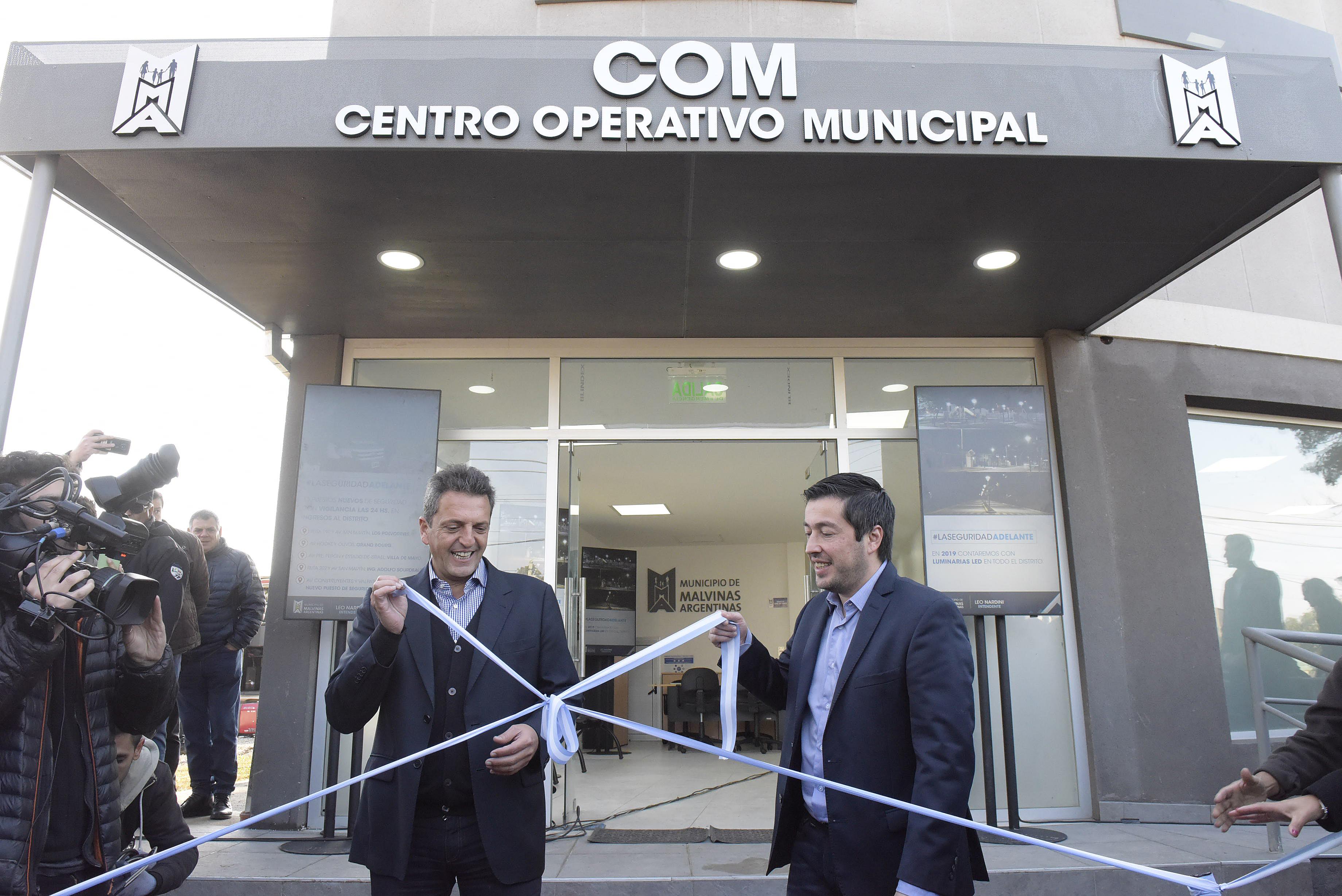 Sergio Massa subido a la campaña de Kicillof en provincia, inauguró un centro de monitoreo en Malvinas Argentinas