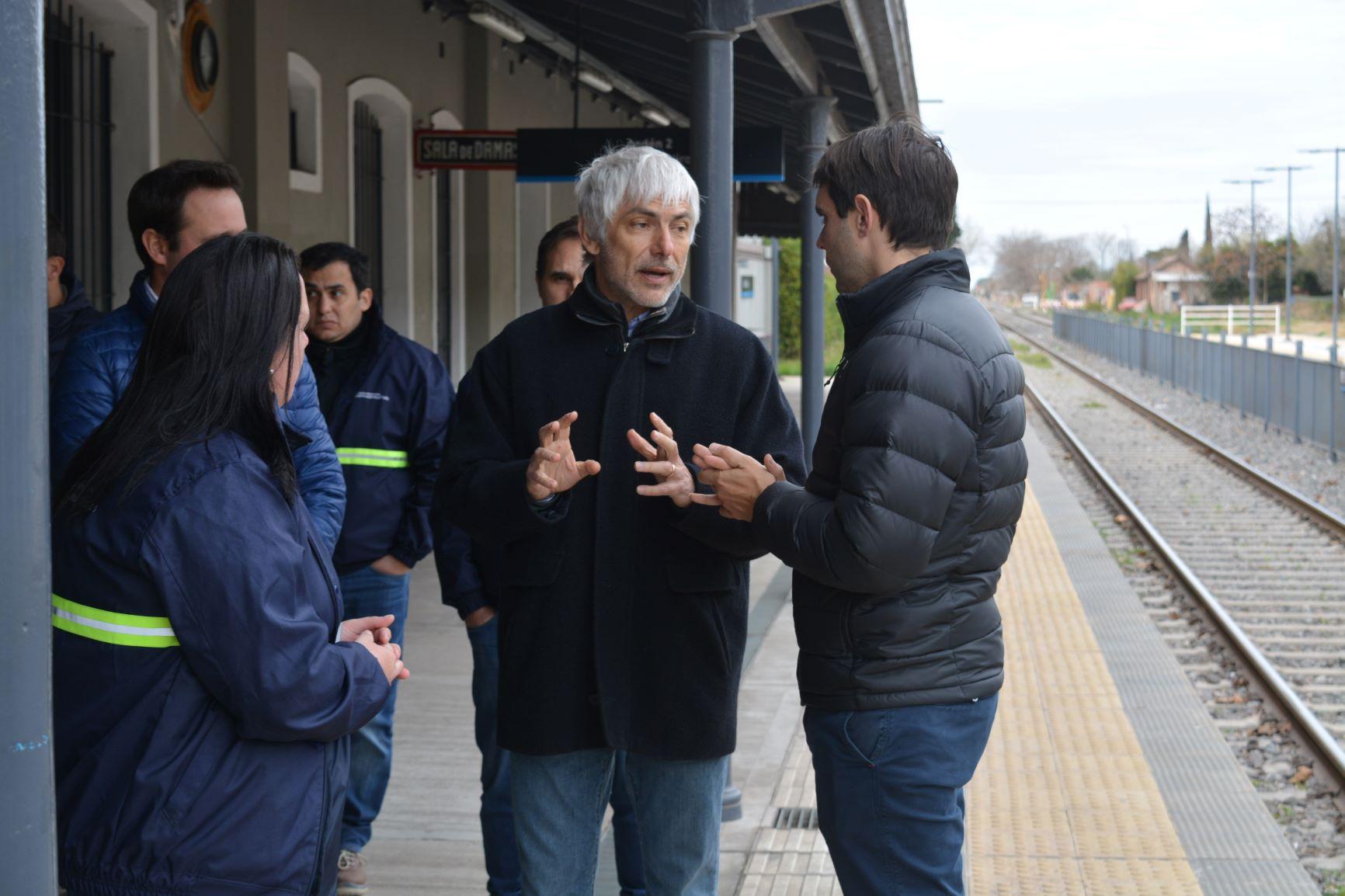 Passaglia realiza gestiones para que el Tren a Rosario ingrese al Puerto San Nicolás