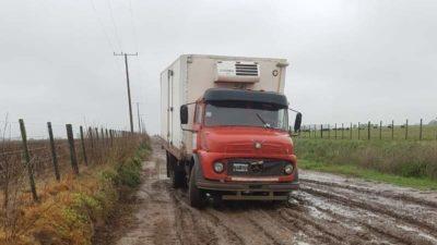 En un distrito bonaerense cobran multas de hasta 170.000 pesos por transitar en caminos rurales después de un día de lluvia