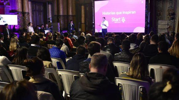 Mirando el futuro: Garro lanzó una escuela digital en La Plata