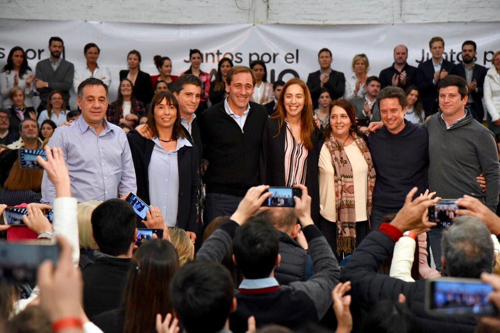 """""""Vamos con la Vidal"""": la gobernadora encabezó un acto en La Plata y estrenó su cumbia de campaña"""