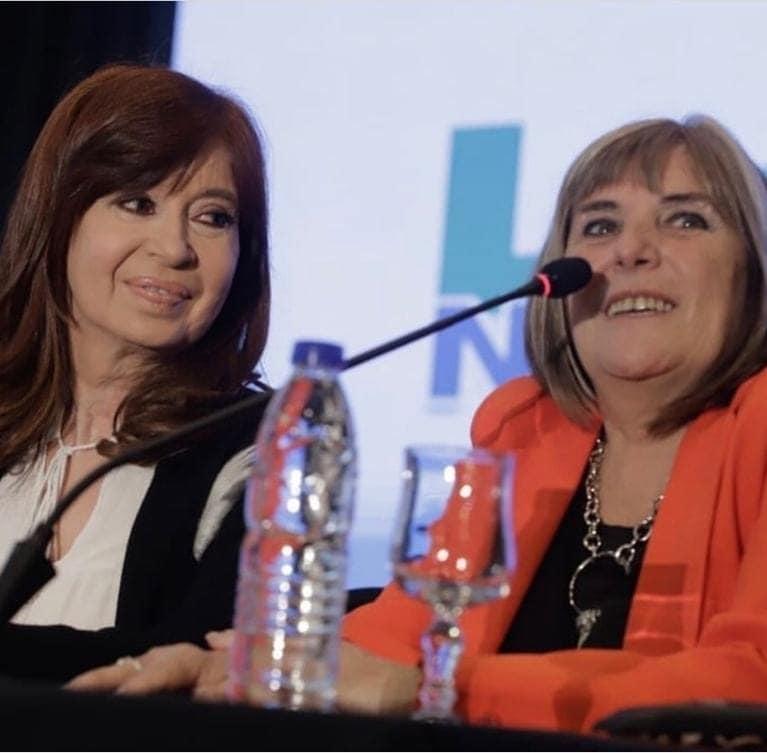 Claudia Ormaechea con Cristina Fernández de Kichner
