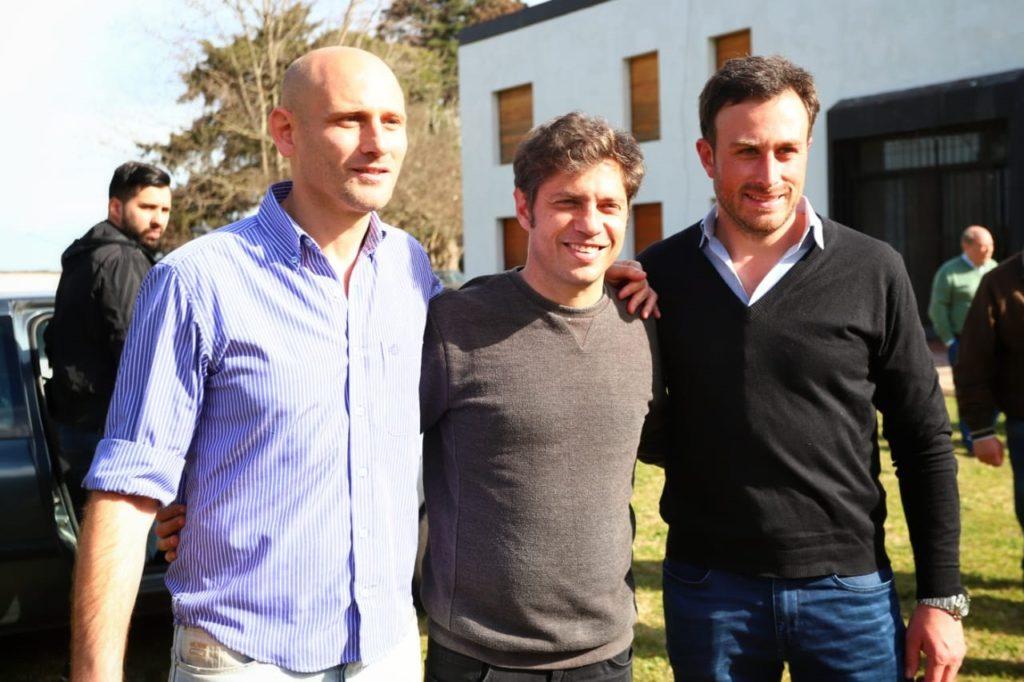 Kicillof junto a los intendentes Germán Lago (Alberti) y Hernán Ralinqueo (25 de Mayo)
